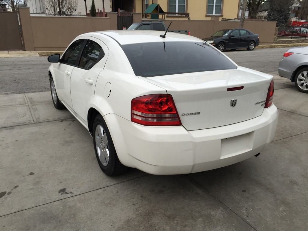 Used 2010 Dodge Avenger Sxt Sedan  7 390 00