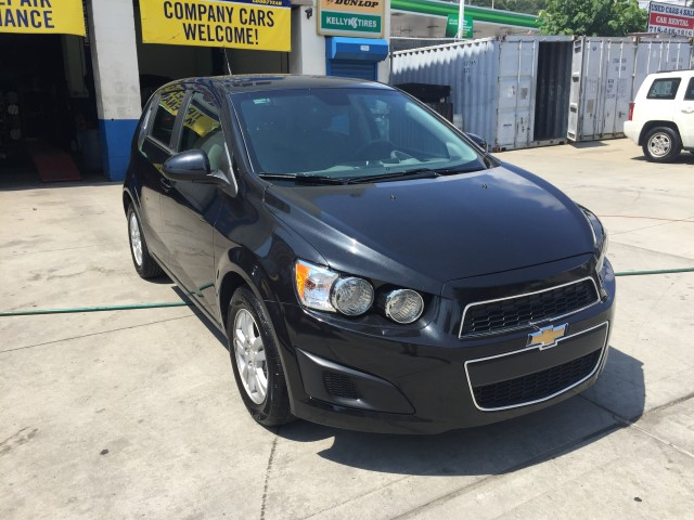 used 2013 chevrolet sonic lt lt auto 4dr hatchback 10. Black Bedroom Furniture Sets. Home Design Ideas