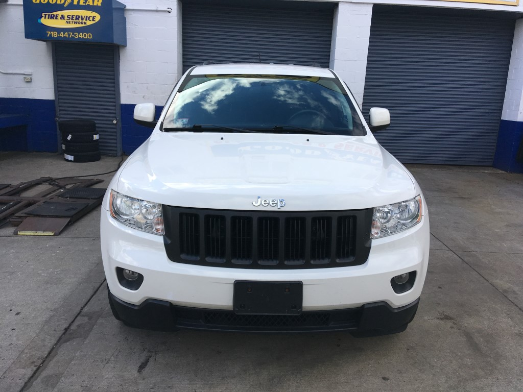 Used - Jeep Grand Cherokee Laredo 4x4 SUV for sale in Staten Island NY