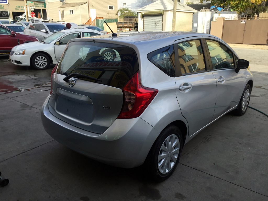 used 2015 nissan versa note sv hatchback 9. Black Bedroom Furniture Sets. Home Design Ideas