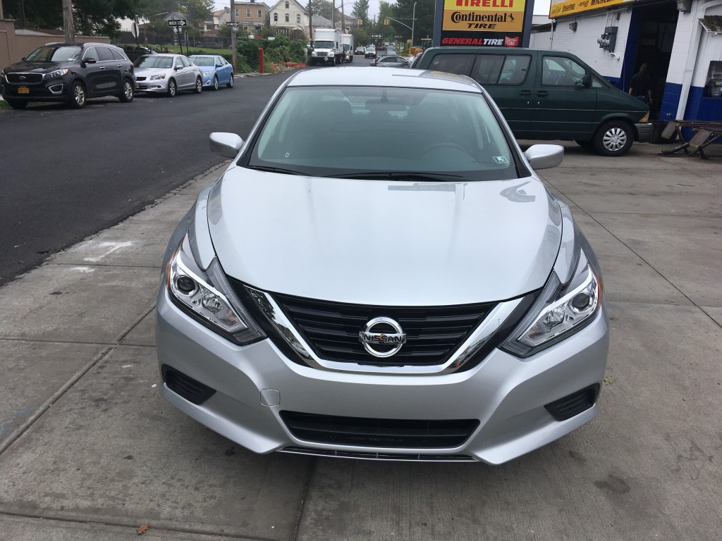 Used - Nissan Altima 2.5 S Sedan for sale in Staten Island NY