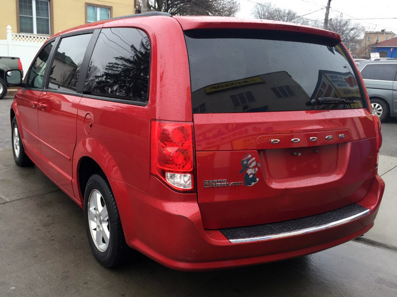 Used 2012 Dodge Grand Caravan Sxt 11 990 00