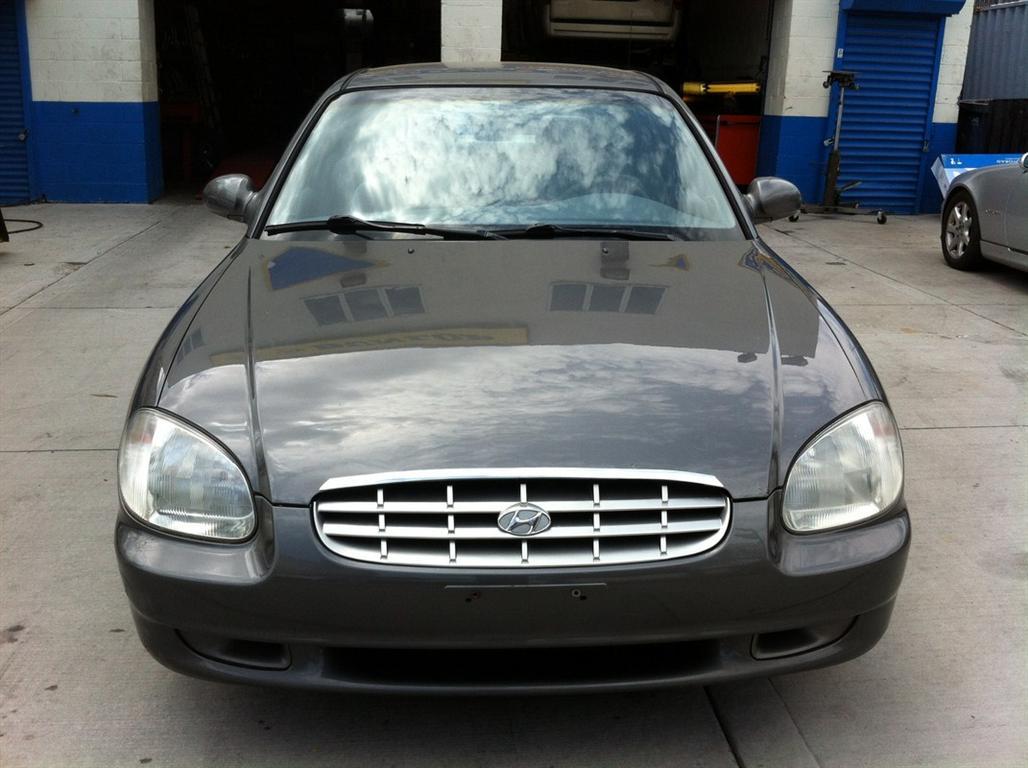 offers used car for sale 2001 hyundai sonata sedan 2 in staten. Black Bedroom Furniture Sets. Home Design Ideas
