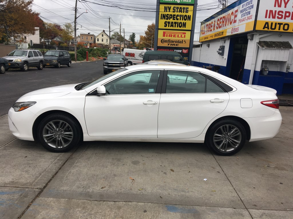 Used - Toyota Camry SE Sedan for sale in Staten Island NY