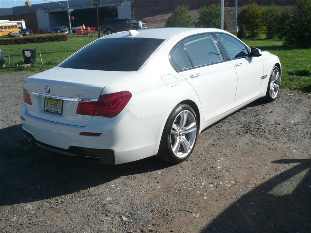 BMW Used Cars For Sale additionally 2011 BMW 7 Series 433060 also Audi Transmission Location besides Audi Transmission Location as well  on 2011 bmw 7 series 433060