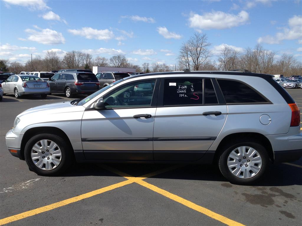 used car for sale 2005 chrysler pacifica sport utility 4 in staten island ny. Black Bedroom Furniture Sets. Home Design Ideas