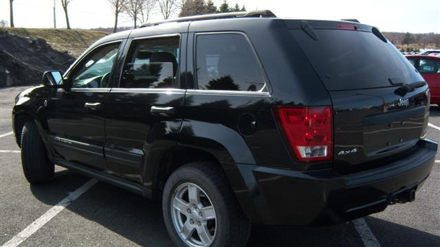 used 2005 jeep grand cherokee laredo 4x4 sport utility 8. Black Bedroom Furniture Sets. Home Design Ideas