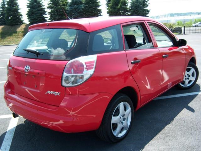 offers used car for sale 2007 toyota matrix station wagon 8. Black Bedroom Furniture Sets. Home Design Ideas