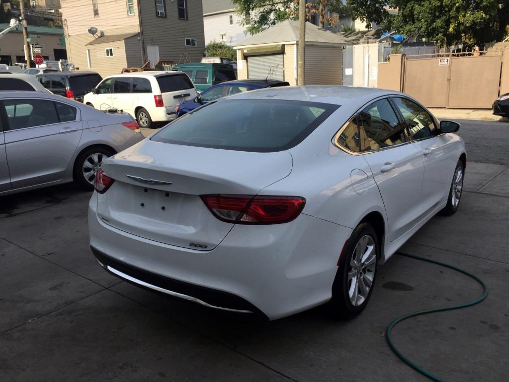 used 2015 chrysler 200 sedan 11. Cars Review. Best American Auto & Cars Review