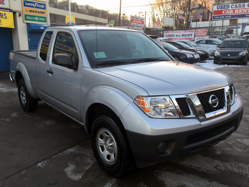 used 2014 nissan frontier extended cab pickup 2 dr 14. Black Bedroom Furniture Sets. Home Design Ideas