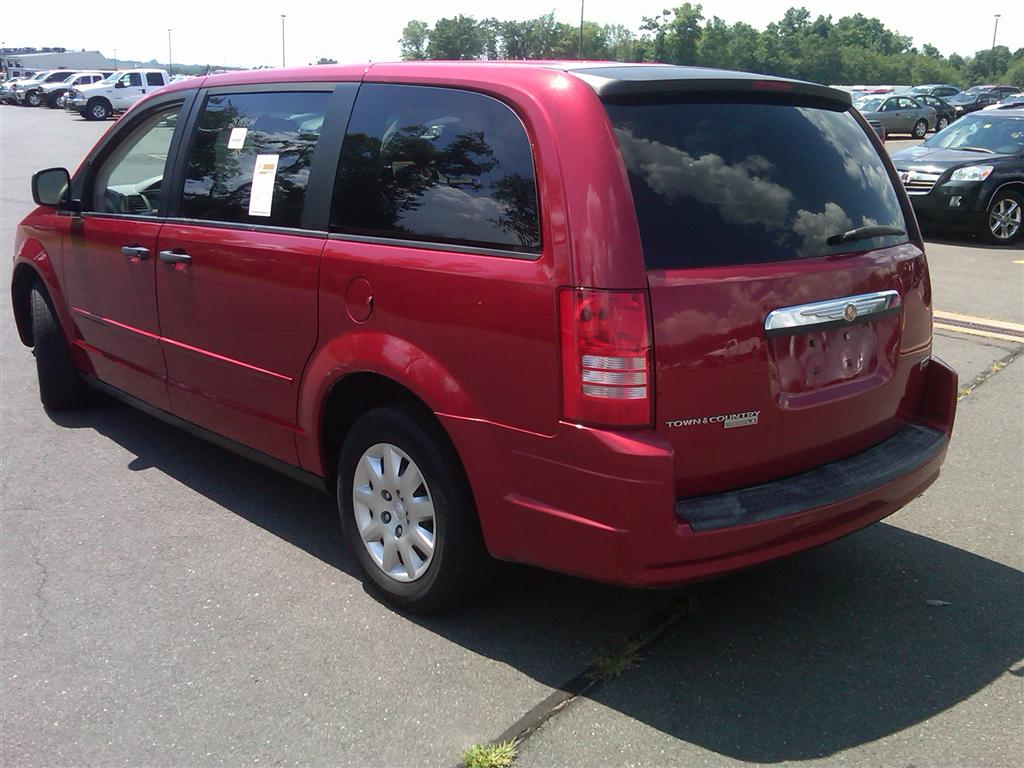 offers used car for sale 2008 chrysler town country minivan 7. Black Bedroom Furniture Sets. Home Design Ideas