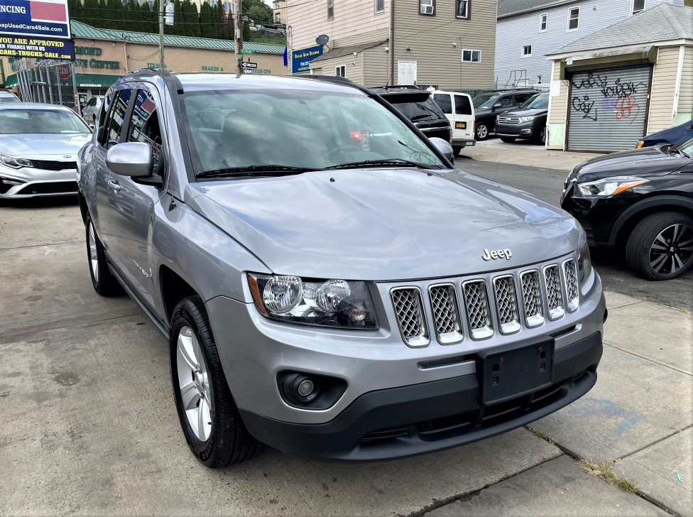 Used - Jeep Compass Latitude 4x4 SUV for sale in Staten Island NY
