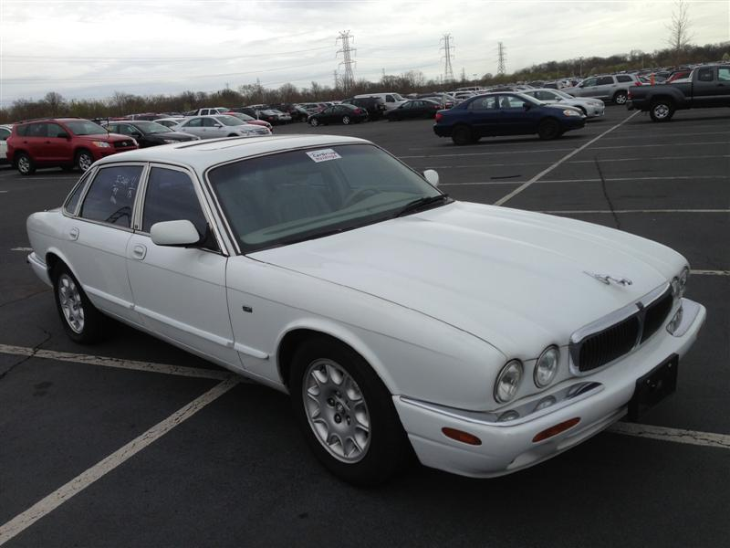 offers used car for sale 1998 jaguar xj8 sedan 4 in staten. Black Bedroom Furniture Sets. Home Design Ideas