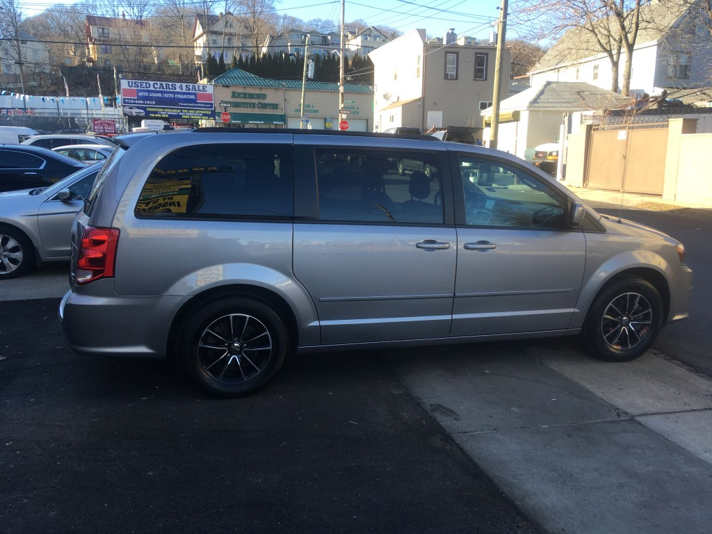 Used - Dodge Grand Caravan GT Minivan for sale in Staten Island NY