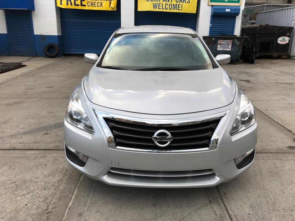 Used 2015 Nissan Altima S Sedan $12,990.00