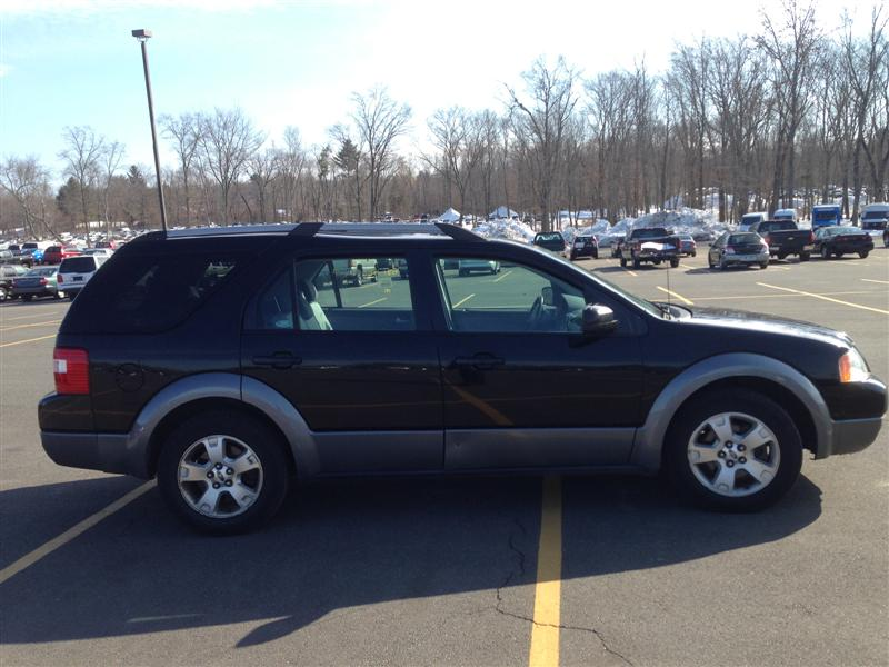offers used car for sale 2005 ford freestyle sport utility awd 4 990. Black Bedroom Furniture Sets. Home Design Ideas