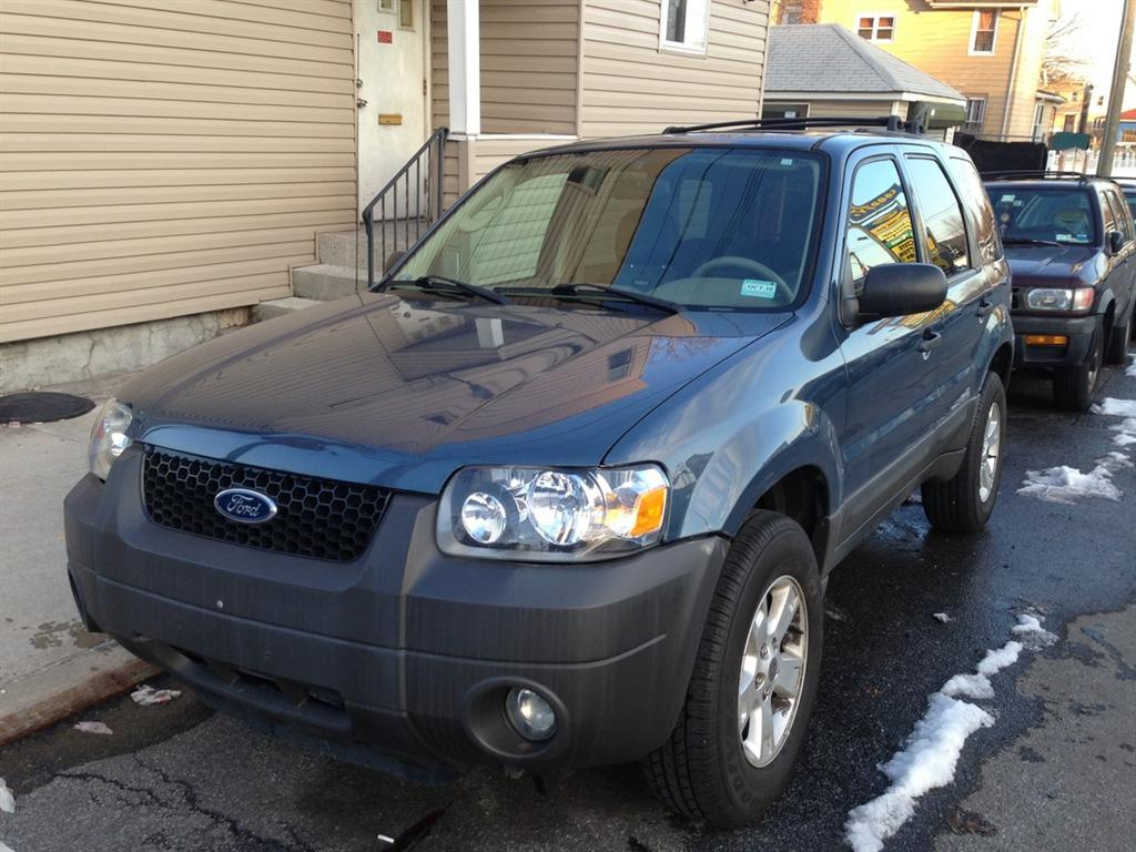 offers used car for sale 2005 ford escape xlt sport utility 5. Black Bedroom Furniture Sets. Home Design Ideas