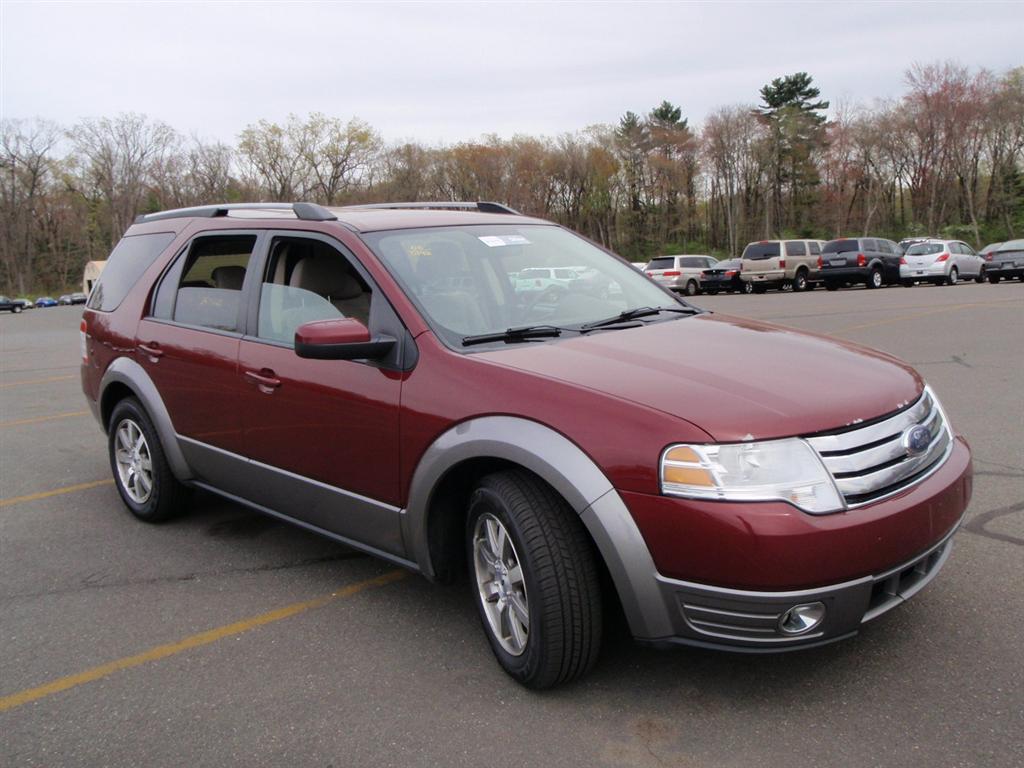 Used 2008 Ford Taurus X Sel Sport Utility Awd 8 990 00