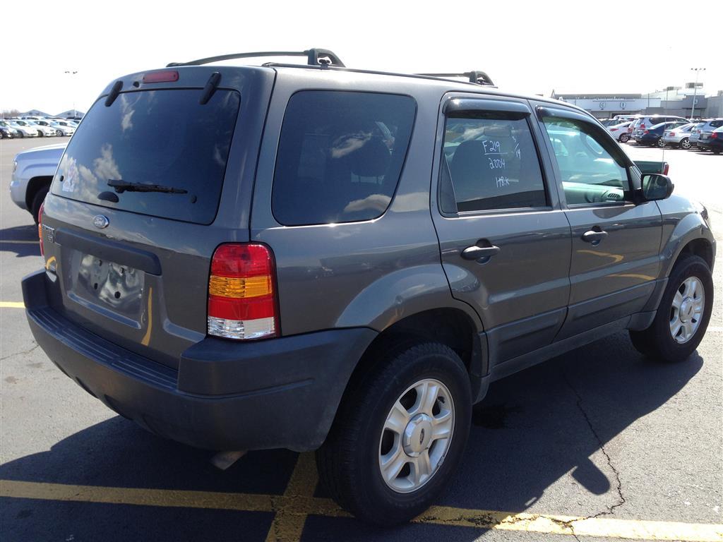 offers used car for sale 2004 ford escape xlt sport utility 4wd 5 290. Black Bedroom Furniture Sets. Home Design Ideas