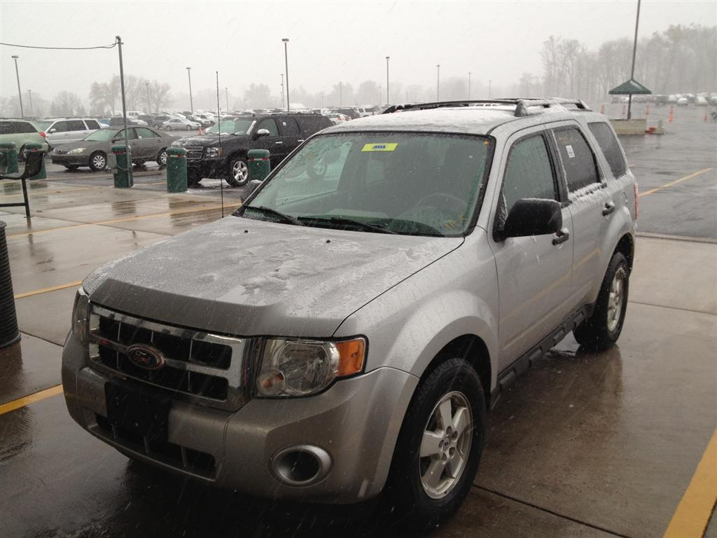 offers used car for sale 2010 ford escape xls sport utility 4wd 9 790. Black Bedroom Furniture Sets. Home Design Ideas