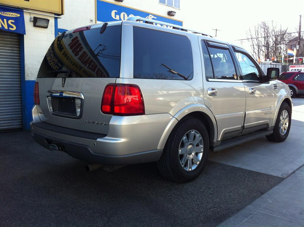 ford lincoln navigator used for sale. Black Bedroom Furniture Sets. Home Design Ideas